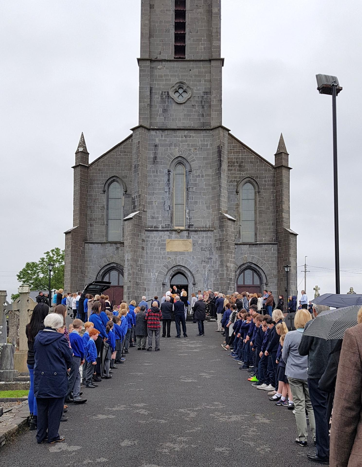 Large numbers pay their respects to Fr Joseph O'Donnell at St ...