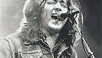 All Time Greats: Round of 8 #3 Moya Brennan v Rory Gallagher