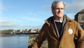 Councillor vows to continue to oppose  controversial mast