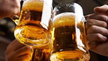 Donegal gardaí receive reports that a number of pubs continue to open despite current situation