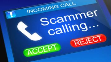 Gardaí issue warning over text, invoice and loan scams ahead of busy Christmas period