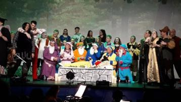Snow White and The Seven Dwarfs off to a flying start at the Abbey Centre