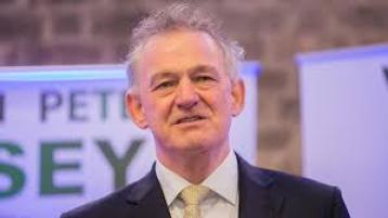 Casey accuses Sinn Fein of inequality over Irish pension age