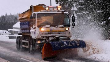 Number of roads to be gritted from 6pm this evening