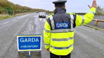Garda checkpoints start tonight and pubs will be monitored too