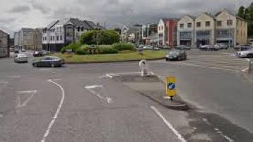 Traffic closed at major Donegal roundabout