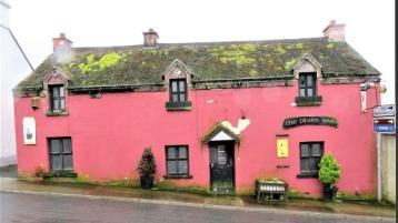 A Donegal pub with 'prime potential' set to go under the hammer with bids starting at €32,500 this week