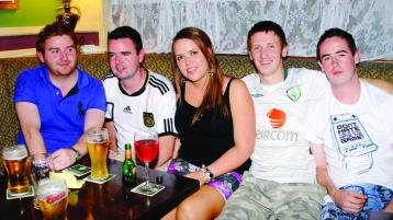 FLASHBACK FRIDAY: Out & About @ O'Flaherty's Bar, Buncrana (2010)