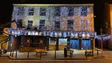 Dim thieves steal bright lights from Donegal entertainment hot spot