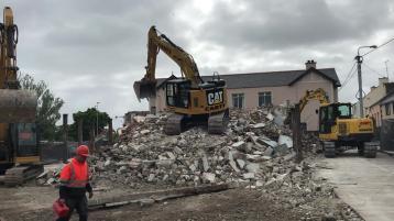Watch: Iconic Erne Cinema in Ballyshannon demolished
