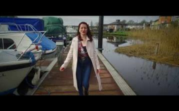 Donegal's Lorraine McCauley releases new single