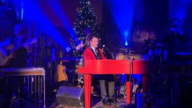 WATCH: A stunning performance in a packed church in Donegal
