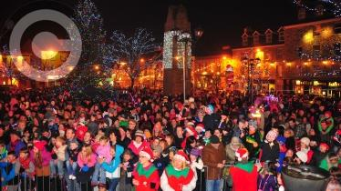 FLASHBACK FRIDAY: Donegal Town Christmas Lights Switch-On (2012)