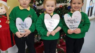 GALLERY: Buncrana youngsters helping to spread Christmas cheer with virtual hugs