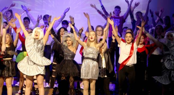 GALLERY:  Final preparations for Coláiste Cholmcille Ballyshannon's Musical