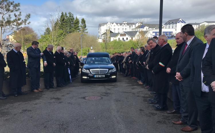 """Donegal councillor Sean McEniff """"served his town and his county with an unselfish attitude"""" priest tells over 1,000 mourners in Bundoran"""