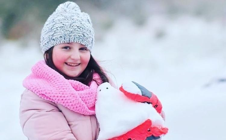 Treacherous conditions on roads as snow falls across Donegal